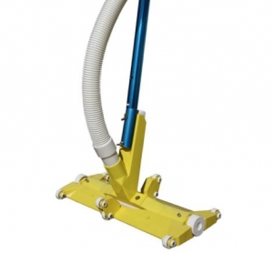 Manual Vacuums & Cleaning