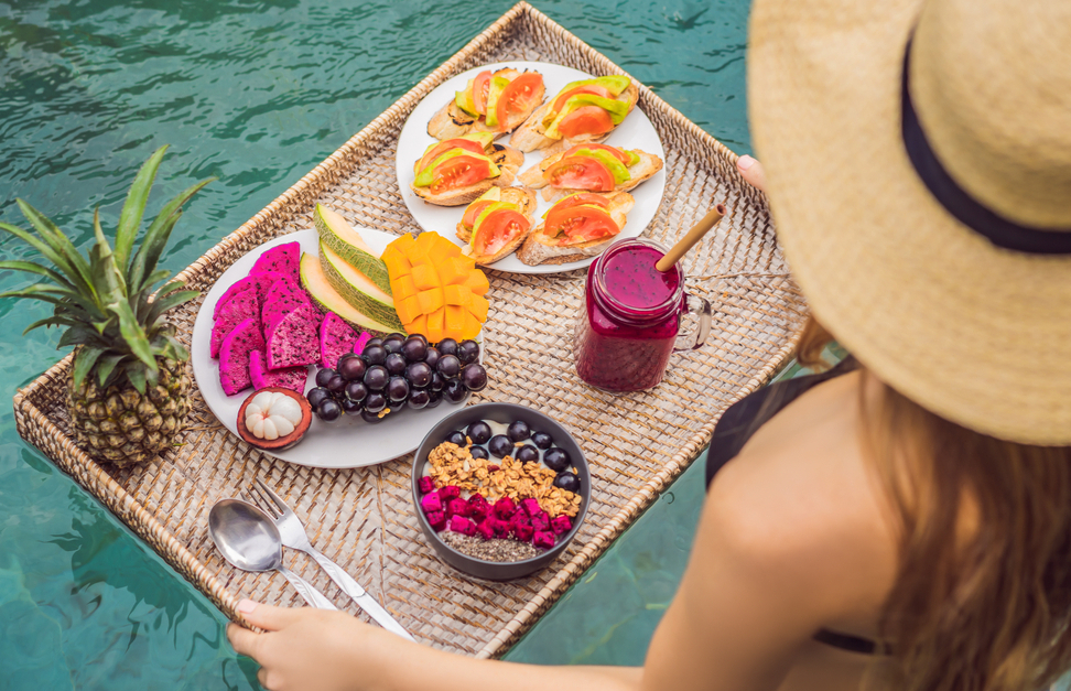 THE BEST FOODS TO EAT FOR A WATER WORKOUT